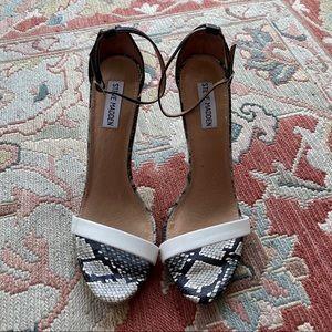 Steve Madden Snakeskin heels